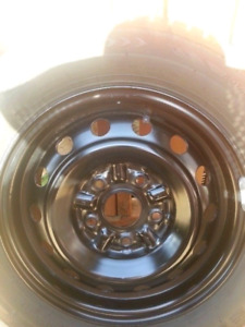 185/65/14 winter tires and rims (new condition)