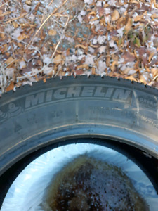 Michelin x-ice 3 snow tires 215/55/16