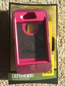 iPhone 4 & 4s Otter Box Case