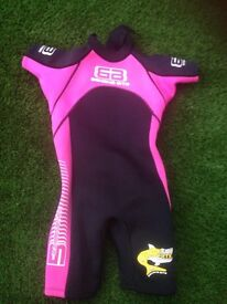 Girls wetsuit size 3 (early teen)