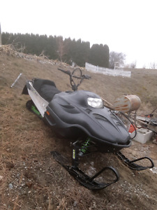 2001 mountain cat 600 EFI batteryless $2000 OBO or trade