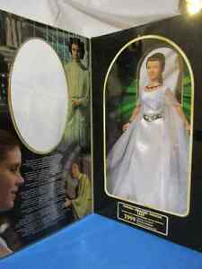 NEW LOWER PRICE! 1999 Princess Leia Classic edition Cambridge Kitchener Area image 2