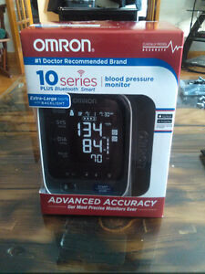 Omron BP786N 10 Series Blood Pressure Monitor w/ Bluetooth Smart