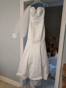 Wedding Dress pre-owned