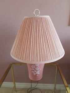Decorative Table Lamp - Excellent Condition!