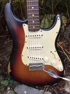 Fender Road Worn '60s Stratocaster Electric Guitar
