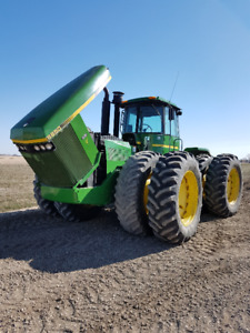 JD 8850 4x4 tractor