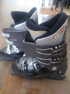 Youth Ski Boots - Various sizes