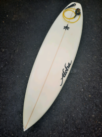 6.4 Surfboard Epoxy Very light either leash, finsa and bag in vgc