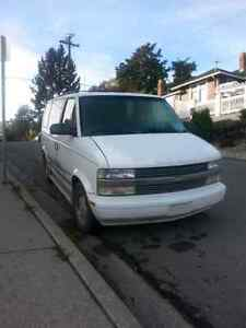 1995 Chevrolet Astro Van AWD - Perfect For Winter!