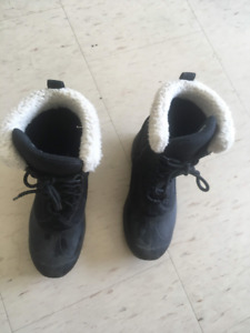 Sorel Winter boots (size 6)