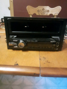 Sony after market deck and amp with all wiring