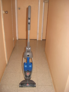 Bissell vacuum cordless manuverable light and powerful