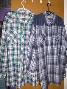 Chemises à carreaux et polos de très grande qualité