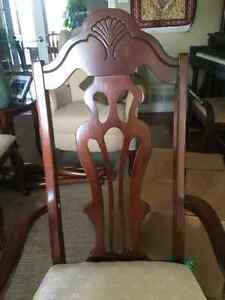 Cherry Finish Dining Room Set- With Glass Lit Hutch London Ontario image 2