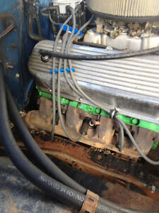 454 Chevrolet Engine Regina Regina Area image 1