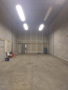 Warehouse Space (1500' approx) Jane-Hwy 7 area