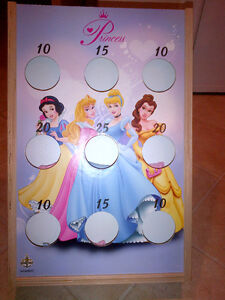 Disney Princess In/Out Door Bean Toss Game MINT CONDITION!!