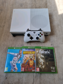 Xbox one s 3 games
