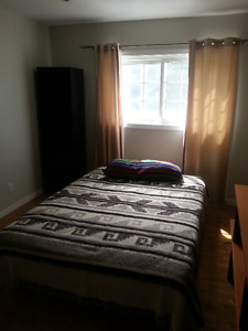 1BR 10'x13.5' & 1/2 house with 1 other $450 inclu. utils laundry