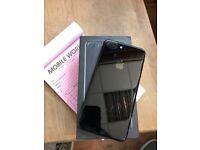 IPhone 7 Plus 32gb Jet black 12 month apple waranty