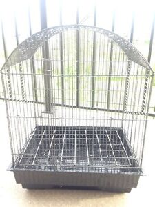 ALMOST BRAND NEW BIRD CAGE!