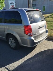 Dodge caravan 2013 for sale 13000,00$