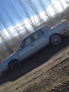 Chrysler New Yorker Car 1988 - for parts