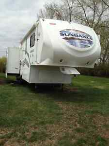 2010 Sundance fifth wheel