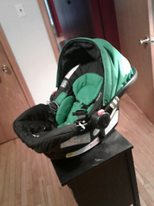 Car seat base and stroller