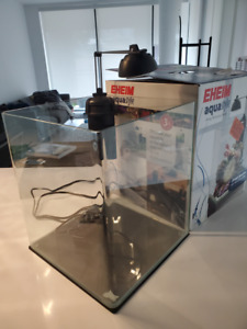 Rare Eheim Cube Aquarium 35L (curved glass)