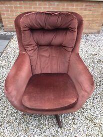 Retro rocker/swivel chair
