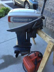 Evinrude 2 stroke 15hp outboard motor (9.9hp cover!)