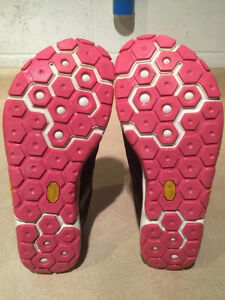 Women's New Balance Minimus Meta Support Running Shoes Size 7 London Ontario image 3