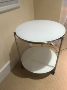 IKEA Coffee and Side table set
