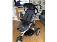 Quinny pushchair with accessories