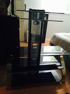 TV Stand glass *MUST BE GONE BY AUG 31*