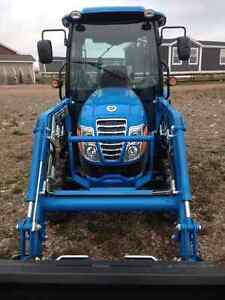 NEW LS 3135H 2016 Tractor, Front Loader, Factory Heated Cab