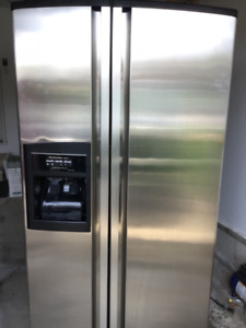 Kitchenaid side by side refrigerator - excellent condition