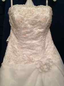 Alfred Angelo WEDDING DRESS (size 10)