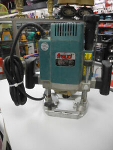 Freud FT-2000 3 1/4 HP Plunge Router