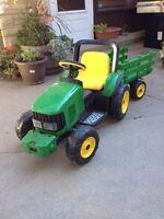 Limited Edition Kids John Deere Tractor/Trailer