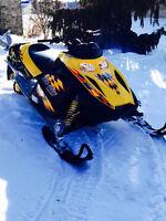2004 Ski-Doo REV 800 Adreneline
