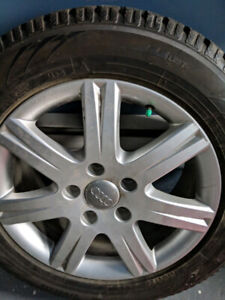 Set of 4 Winter Tires with Audi Q7 Alloy Rims 235 60 1 8