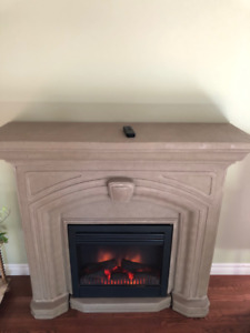 Electric fireplace with mantel and remote