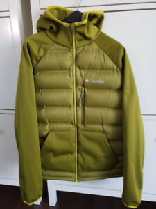 BRAND NEW Men Columbia 700 down filled jacket Medium
