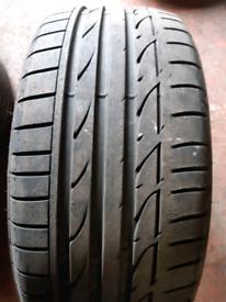 225 40 19 part worn tyre Bridgestone runflat used tire