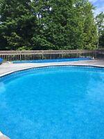 BRAND NEW Solar blanket & real for 24 ft pool.