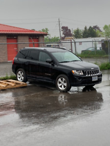 2011 Jeep Compass 2WD - $5000