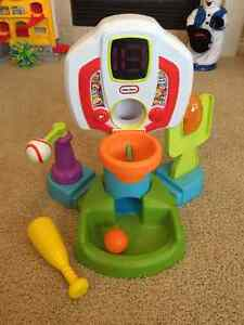 Little tikes Sports Center and Art/Music Table - SMOKE,PET FREE
